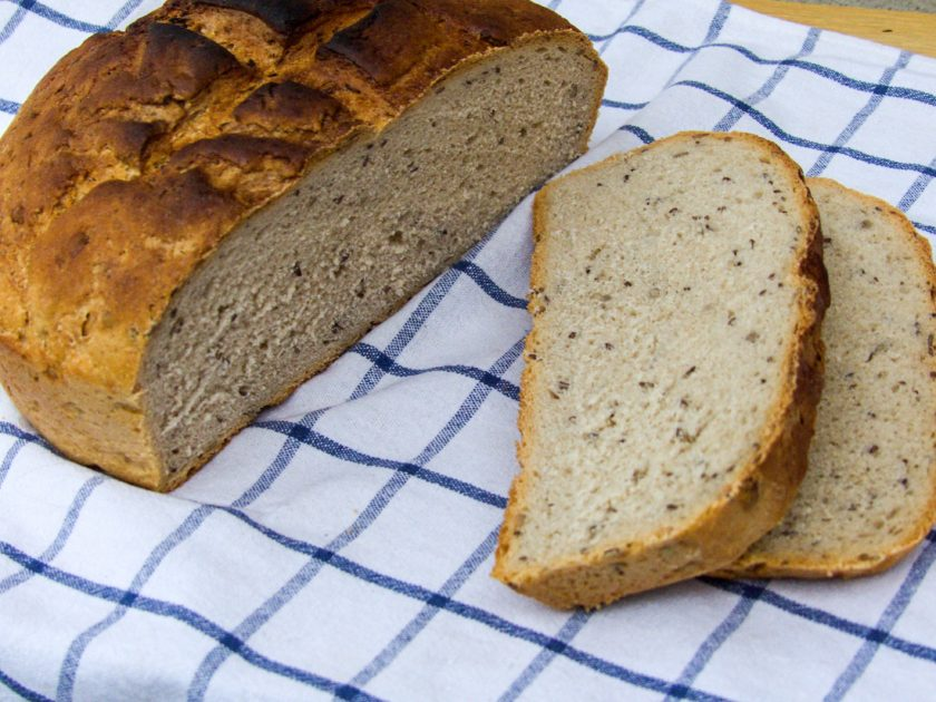 chleba pečený v remosce